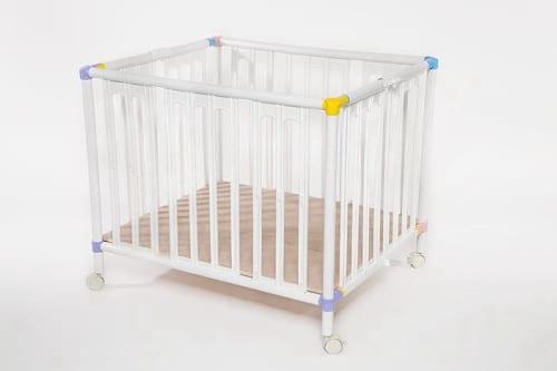 לול פלסטיק לתינוק
