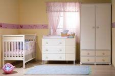 מיטה הדס שידה ויקטוריה רהיטי טל ומבחר מוצרי תינוקות נוספים