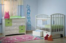מיטה ימית שידה ניצן רהיטי טל ומבחר מוצרי תינוקות נוספים