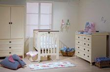 מיטה נאפולי שידה רומא וארון עידו ומבחר מוצרי תינוקות נוספים