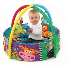 אוניברסיטה לתינוק משולבת עם בריכת כדורים של חברת פלייגרו Playgro  ועוד מבחר מוצרים במחירים אטקרטיביים עכשיו ברשת בייבי לאב מוצרים לאם ולתינוק.