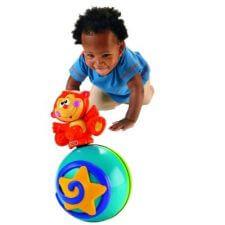 כדור מוזיקלי מעודד זחילה מבית פישר פרייס ומבחר מוצרי תינוקות נוספים