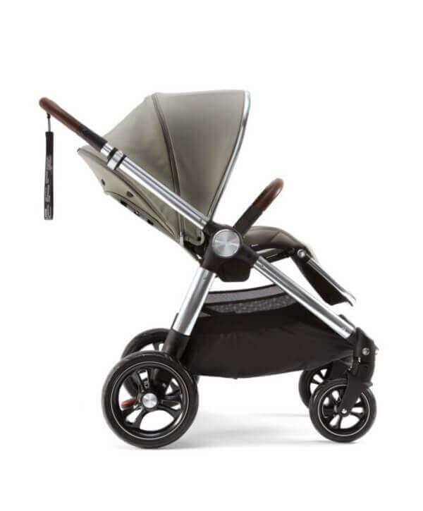 עגלת תינוק מאמאס אנד פאפאס אוקרו Ocarro צבע ירוק אפרפר