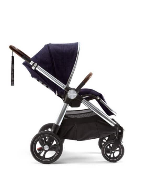 עגלת תינוק מאמאס אנד פאפאס אוקרו כחול כהה