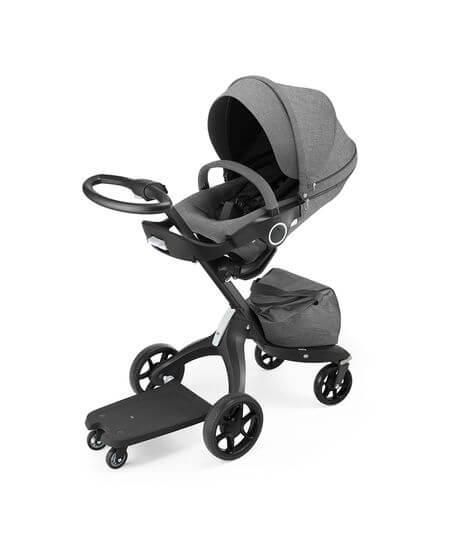 טרמפיסט מחובר לעגלת תינוק סטוקי אקספלורי